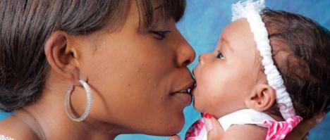 Maternidad canguro para bebés prematuros