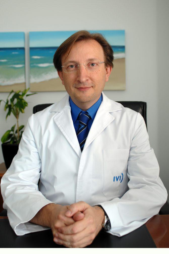 Carlos Simón Valles, premio Rey Jaime I de Investigación Médica 2011