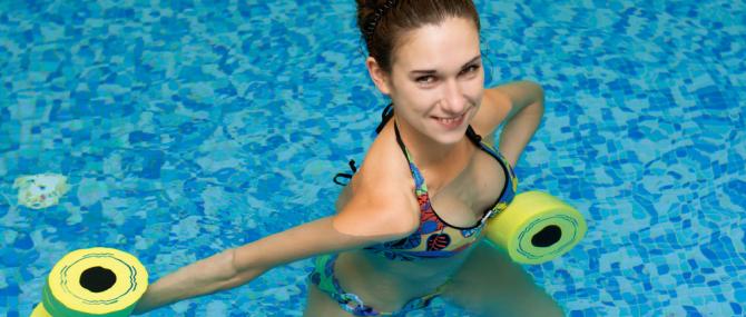 Gimnasia acuática reduce la depresión posparto y el número de cesáreas