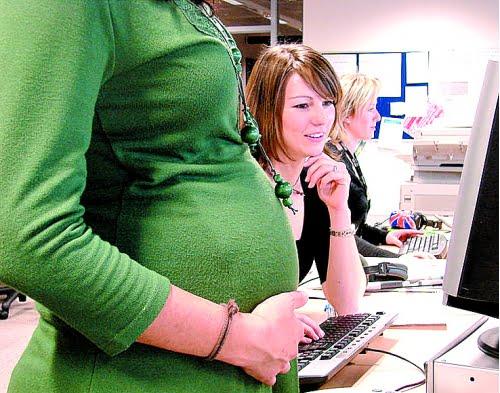 La Ley de Ayuda a Embarazadas podría generar que algunas instituciones públicas y privadas se unan para asesorar a jóvenes embarazadas