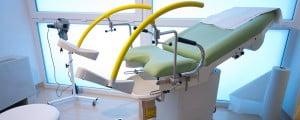 Médicos del Hospital del Tajo confirman el aborto de una mujer y le entregan en un bote los restos del feto