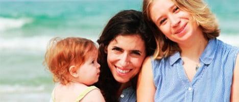 La técnica ROPA permite a las parejas de mujeres concebir un hijo de forma compartida