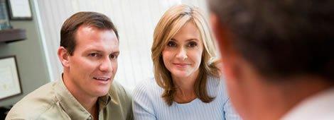 pareja en la consulta de fertilidad