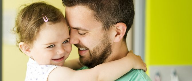 Imagen: Los hombres han de tomar también ácido fólico antes de concebir al futuro hijo