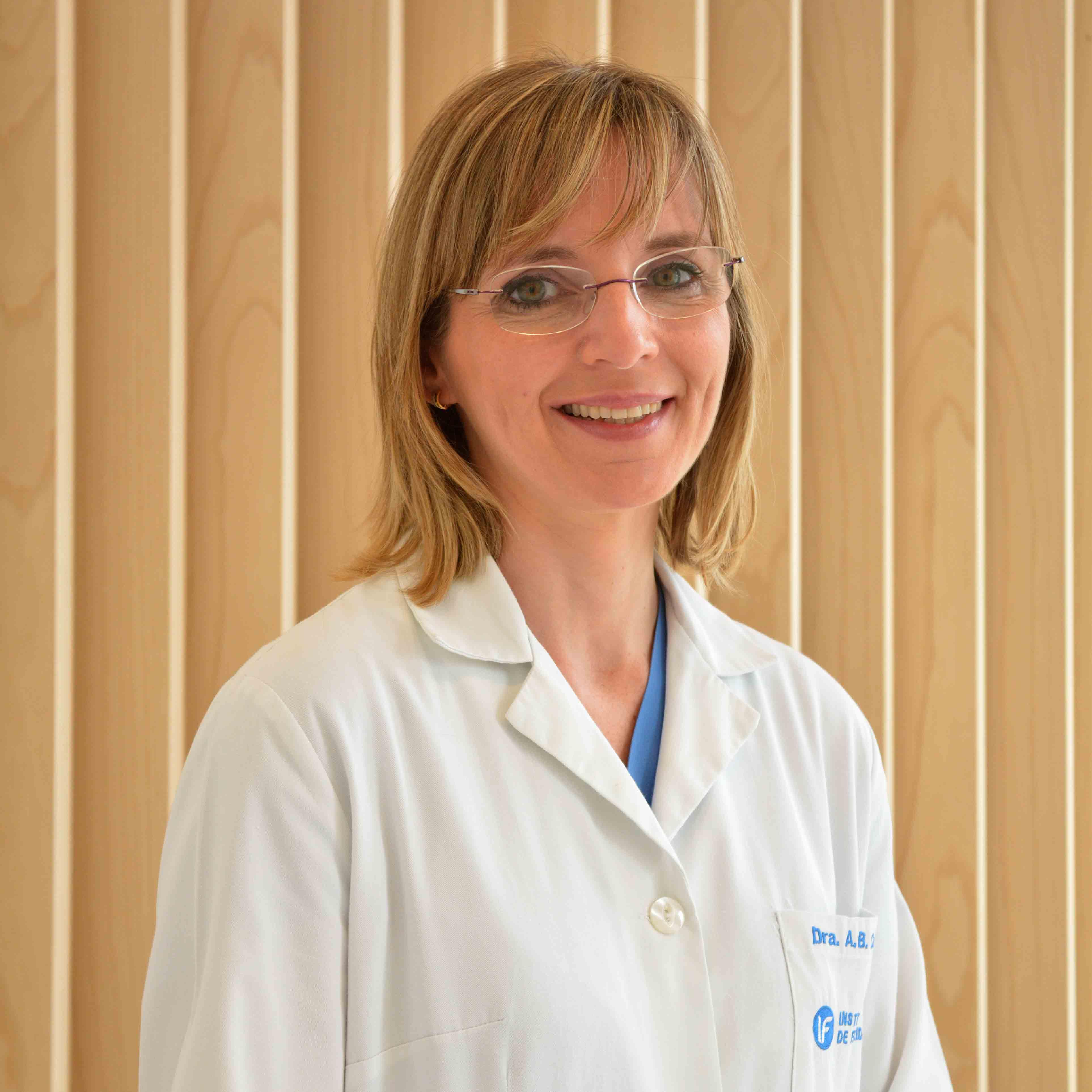 Dra. Ana Belén Castel