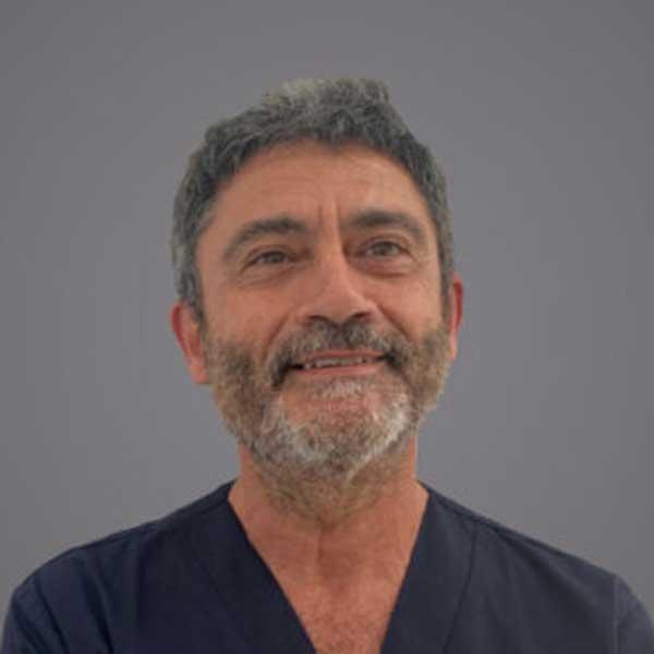 antonio-prieto-urologo-445x332