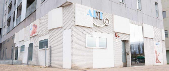 Imagen: Fachada de ART Reproducción en Vitoria