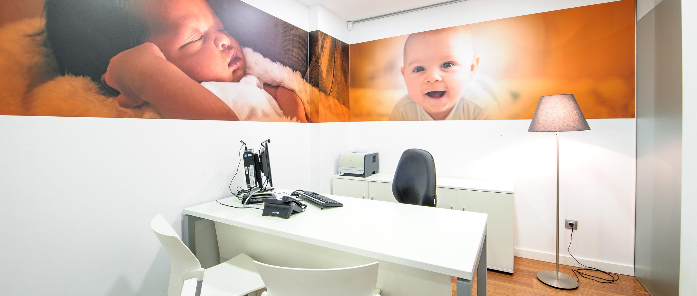 Consulta médica de Juaneda Fertility Center