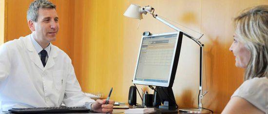 Consulta médica en Instituto Bernabeu de Alicante