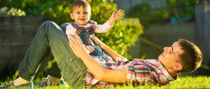 Imagen: El desarrollo psicomotor es el proceso continuo a lo largo del cual el niño adquiere progresivamente las habilidades que le permitirán una plena interacción con el entorno.