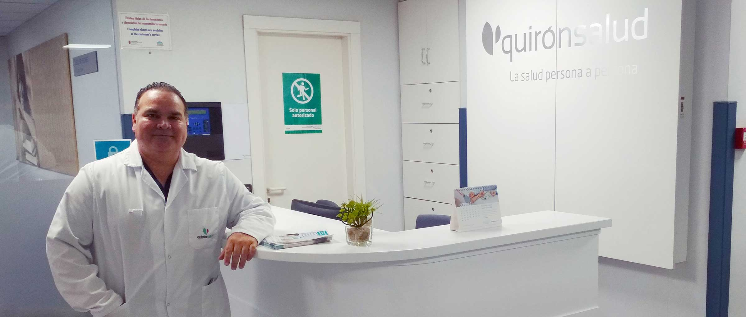 Doctor-Villalobos-jefe-del-servicio-quironsalud-murcia