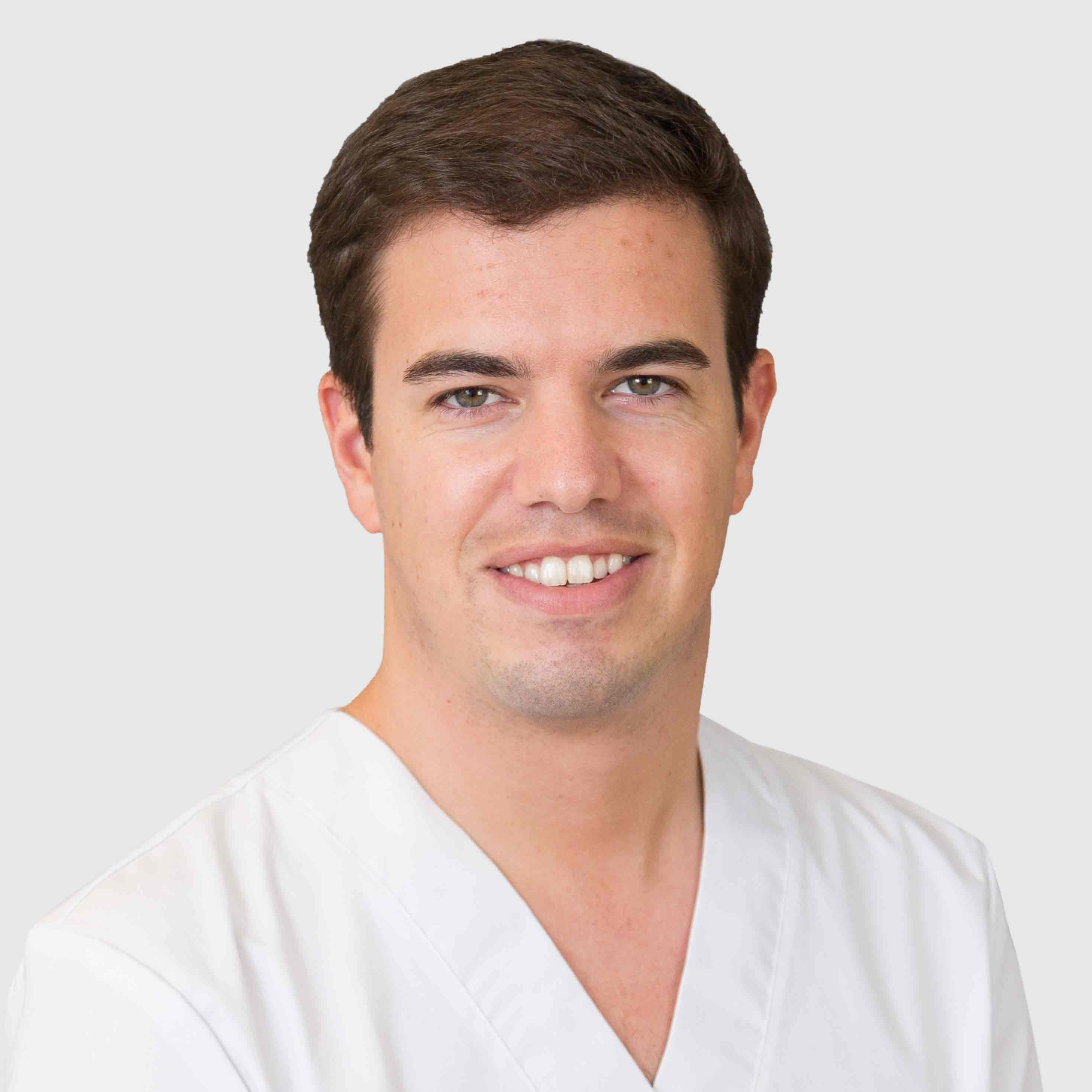 Dr. Juan Pino