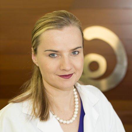 Dra. Natalia Szlarb
