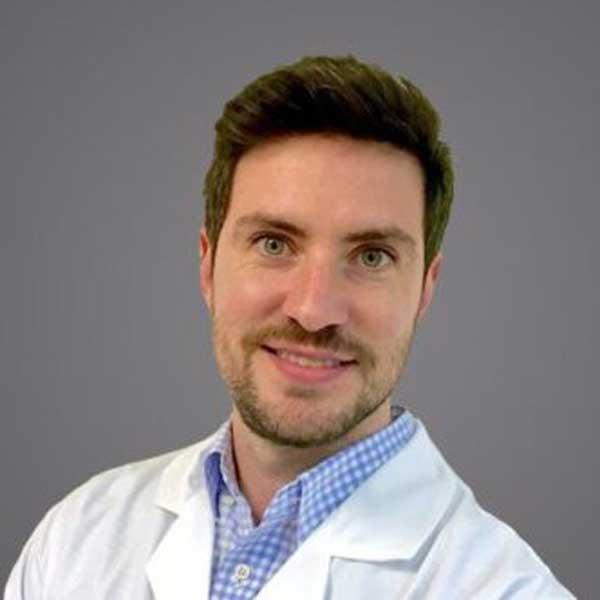 emilio-kellemberger-medico-especialista-reproduccion-445x332