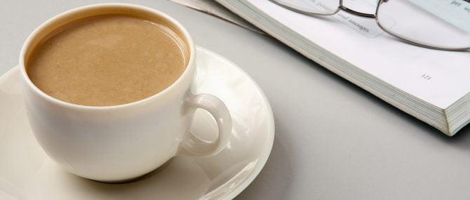 Imagen: Las embarazadas sólo deberían consumir media taza de café al día