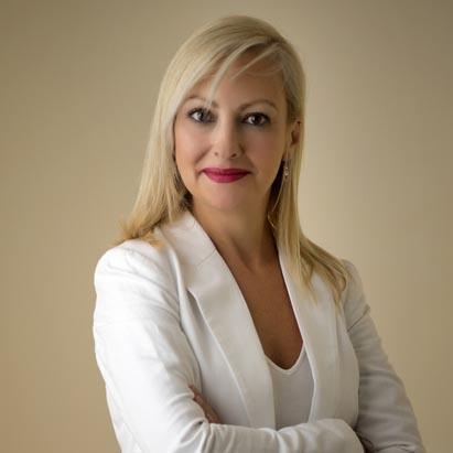 Lucia E. Magán Palomares