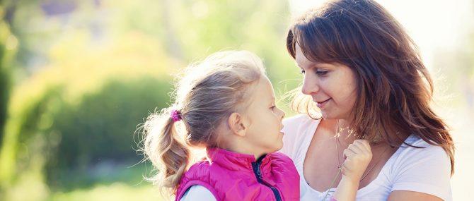 Imagen: Se necesitan vitaminal prenatales y mayores cuidados para evitar los riesgos propios de un embarazo tardío.