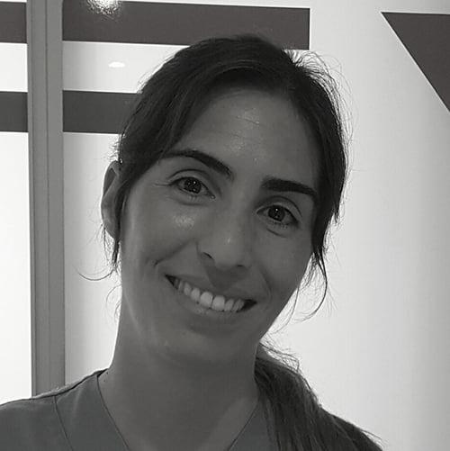 Dña. Marina Román Coca