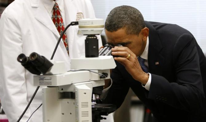 Política de Obama e investigación