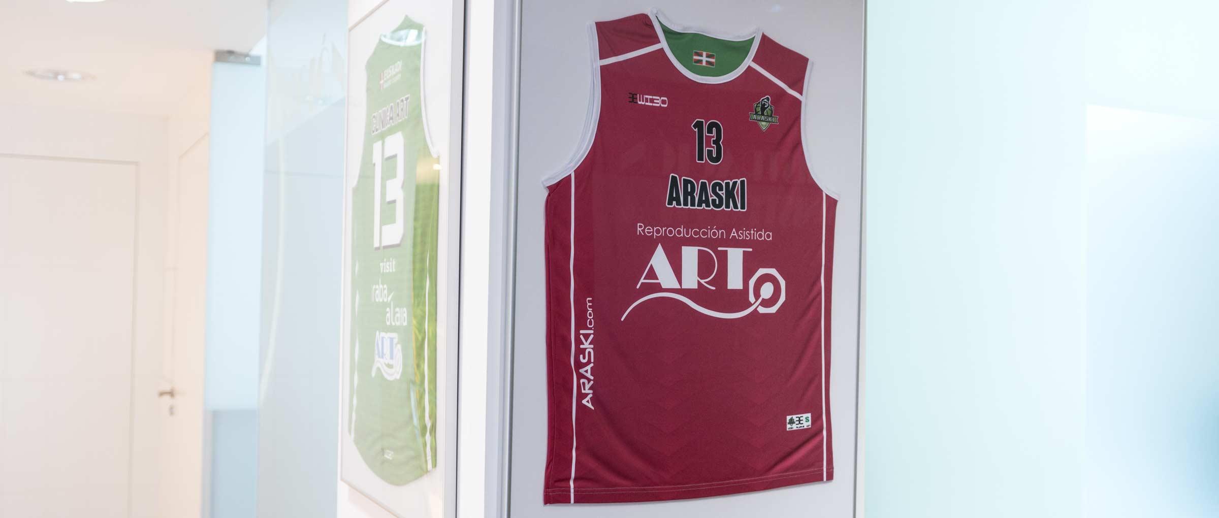 Equipo de baloncesto femenino Reproducción ART Araski