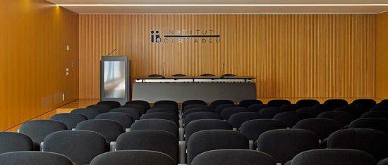 Sala de conferencias Instituto Bernabeu Alicante