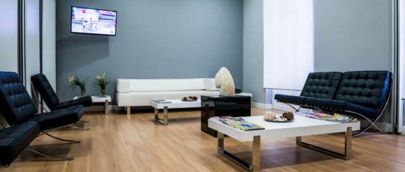 Sala de espera de la clínica de Fertilidad Velázquez