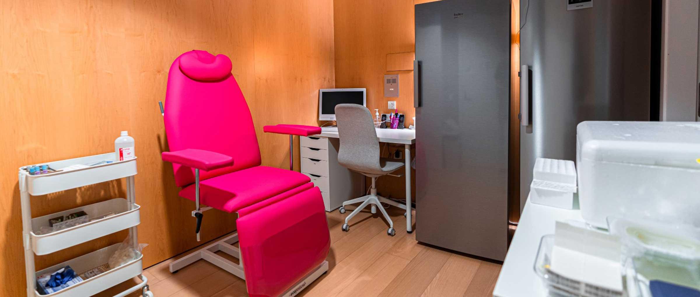 Sala de enfermería de Ovoclinic Madrid