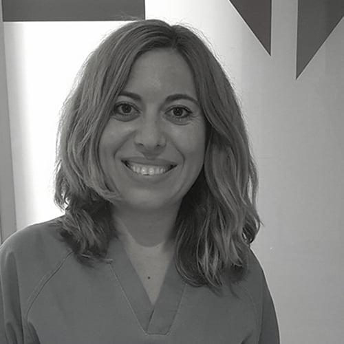 Dña. Mª Teresa García Nogués