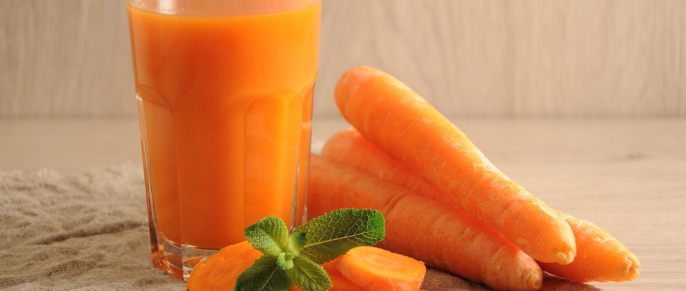 Zumo de zanahoria.